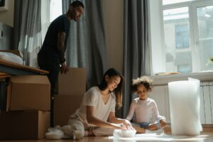 The right moving supplies will simplify the packing process and make it much easier for you. Here's what you need.