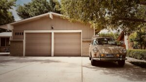 Your storage area, once properly pack, will be easy to relocate. Let's see how to pack a garage safely and easily, in a few steps.